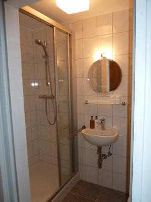 bb4-bath